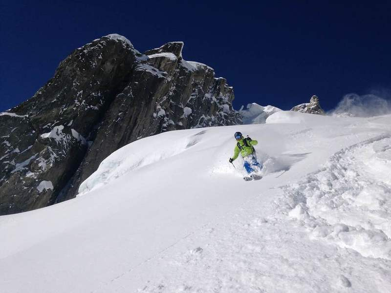 Off-piste skiing in Chamonix with CHAMEX mountain guides