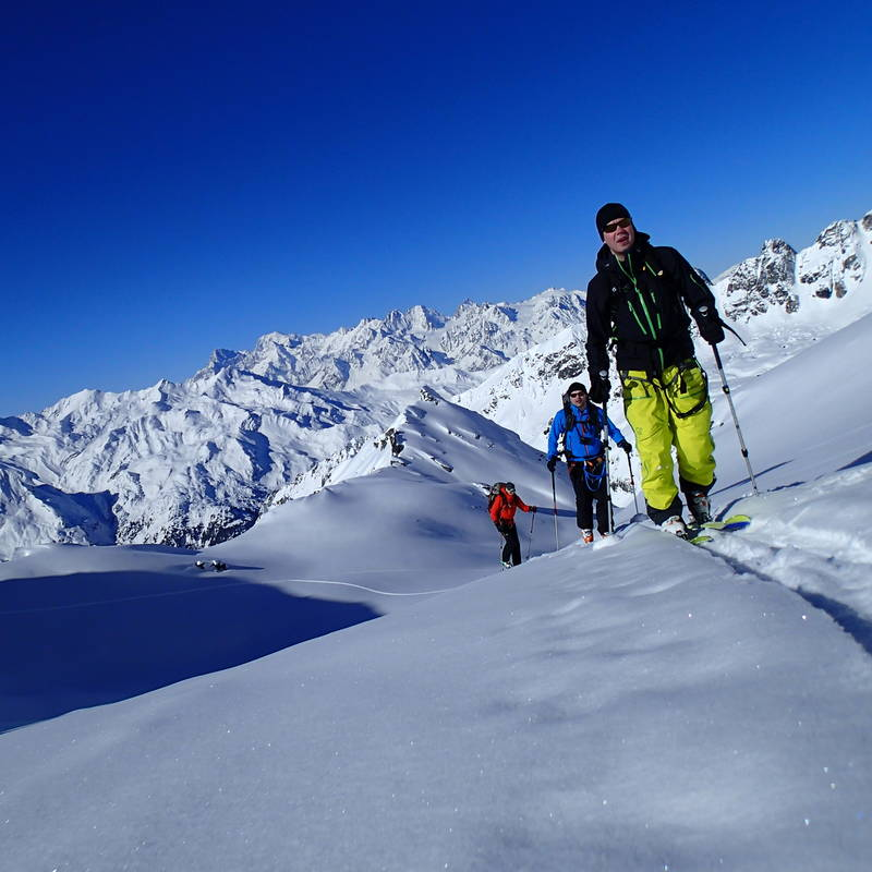 Chamonix Mountain Guides Ski Guiding and Alpine Climbing Courses